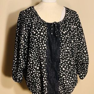 EXPRESS- Black & White Blouse- M